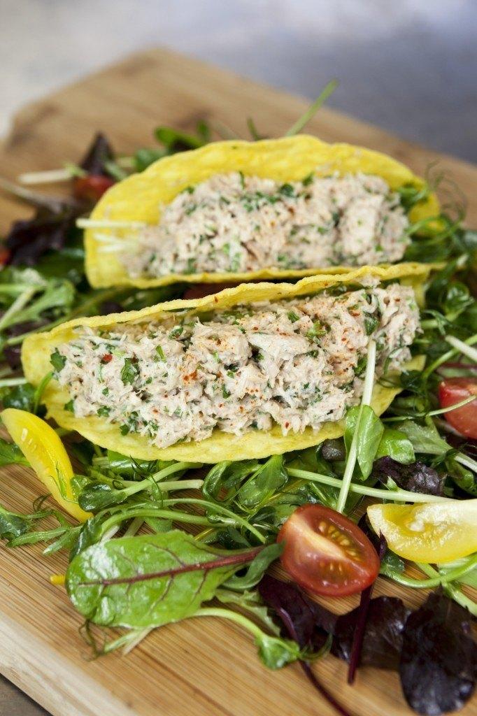Fish tacos with fresh tuna salad fish tales for Tuna fish tacos
